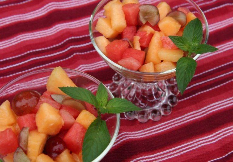 fruit salad in cup