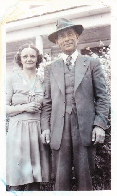 photo of grandma and grandpa
